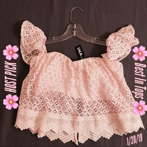 🌸HOST PICK🌸Off the Shoulder Lace Tube Top